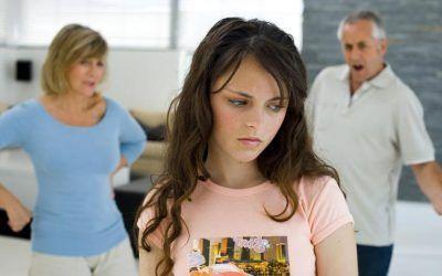 Com detectar trastorns de la conducta alimentària (TCA): Guia per a pares i familiars