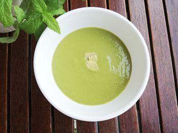 Recepta de Sopa freda d'espàrrecs verds i carbassó amb gingebre: