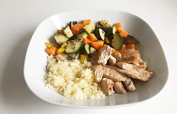 cena de verdura al horno con pavo