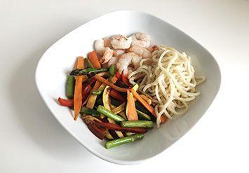 idea de cena para adelgazar wok con gambas